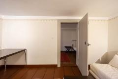 Wohn- und Arbeitszimmer